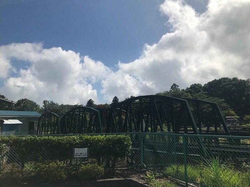 富士山の麓で開かれる定期運転会