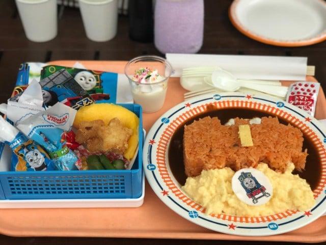 トーマスレストランで昼食タイム♡